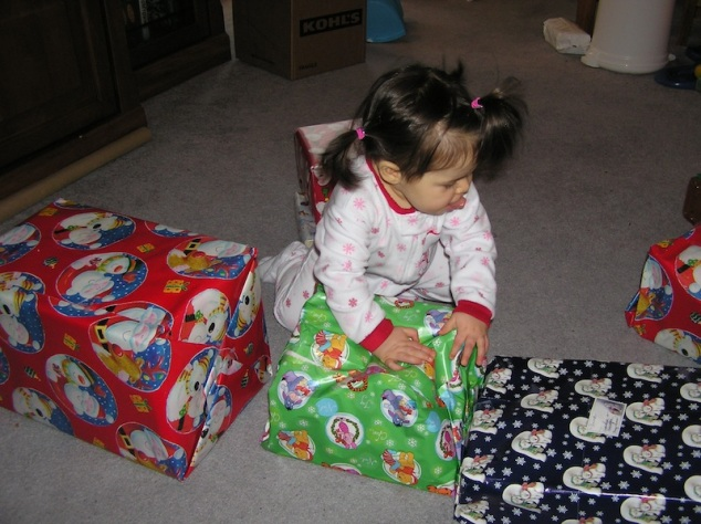 Anna and her Christmas gifts (2006)