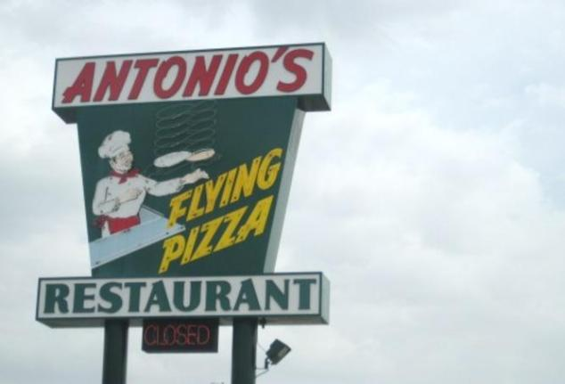 Antonio's Flying Pizza sign