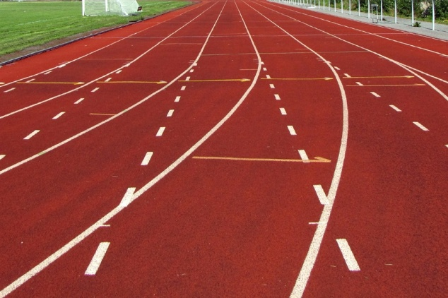 100 meter track lanes