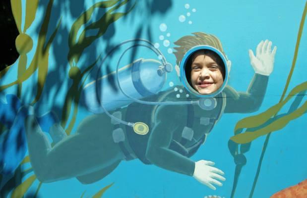 anna in a diver cutout