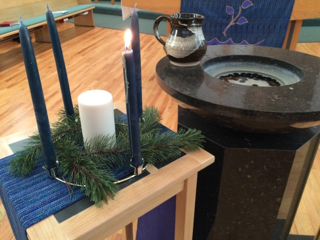 An all-purple Advent Wreath